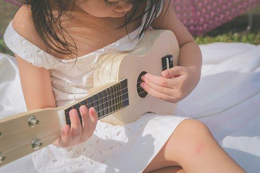 adoleta-musica