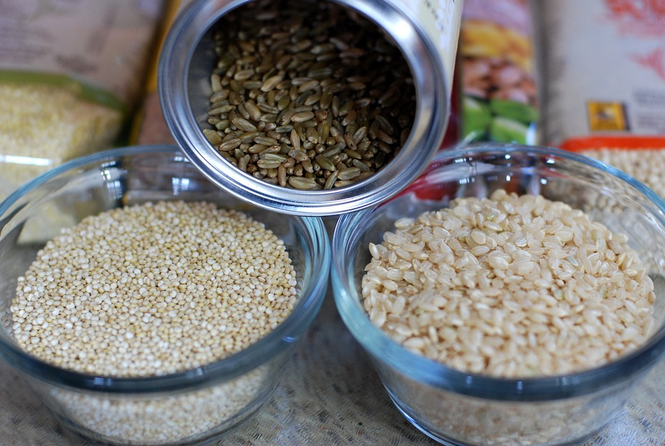 alimentos-aumentar-leite-materno-arroz-integral