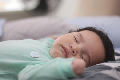 https://cursodebaba.com/images/bebe-dormir-noite-toda.jpg