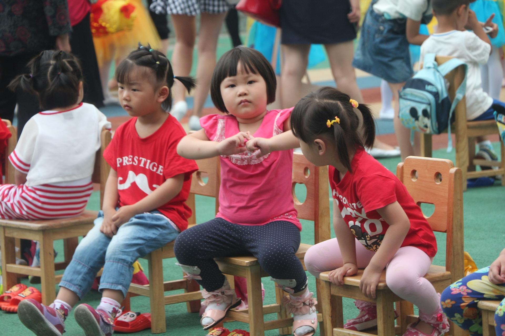 brincadeiras folcloricas danca das cadeiras