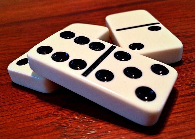 brincadeiras ludicas domino