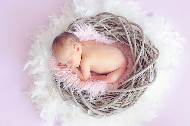 colica recem nascido bebe