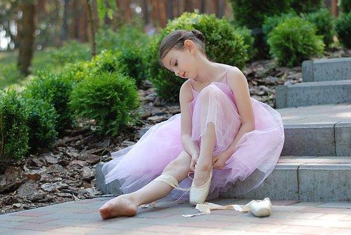 https://cursodebaba.com/images/poesia-infantil-com-rimas-bailarina.jpg