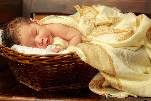 umbigo-recem-nascido-amarelado